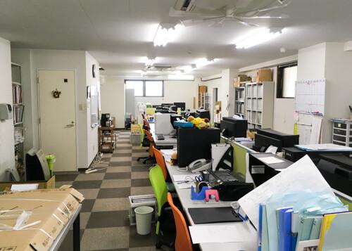 事務所が広くなりました!