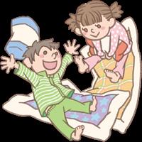 男の子と女の子のイラスト(お泊まり保育・布団)